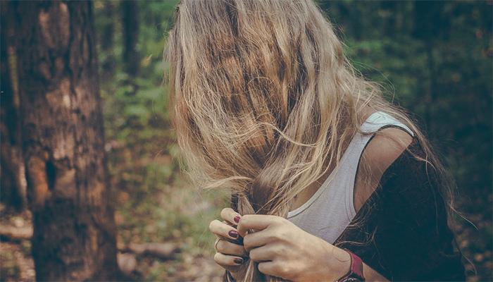 К чему снятся длинные волосы? Толкование сна по сонникам