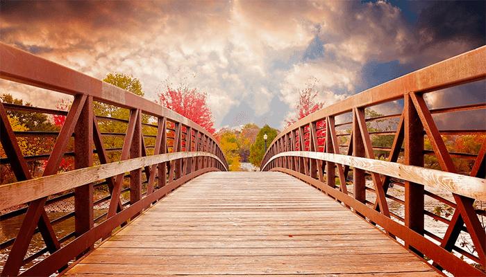 К чему снится мост? Толкование сна с мостом по сонникам