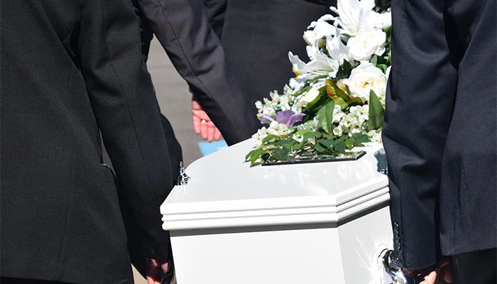 К чему снится покойник в гробу - толкование сна по сонникам Ванги, Миллера и Ислама