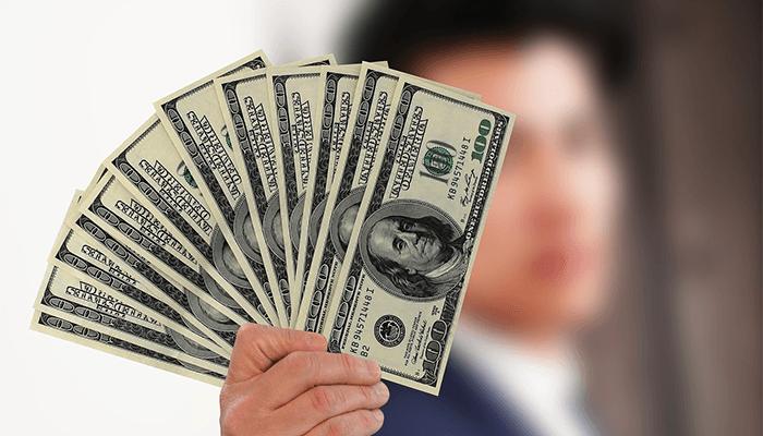 Бумажные деньги - толкование сна с купюрами по сонникам