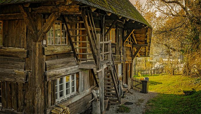 К чему снится деревянный дом - толкование сна по сонникам