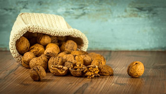 К чему снятся грецкие орехи? Хороший или плохой сон?