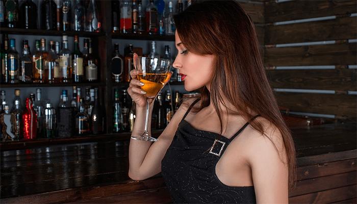 Быть пьяным во сне — к чему снится застолье и опьянение?
