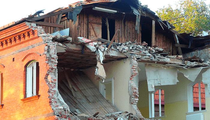 Разрушенный дом - варианты трактовки сна