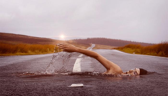 К чему снится вода — толкование по сонникам