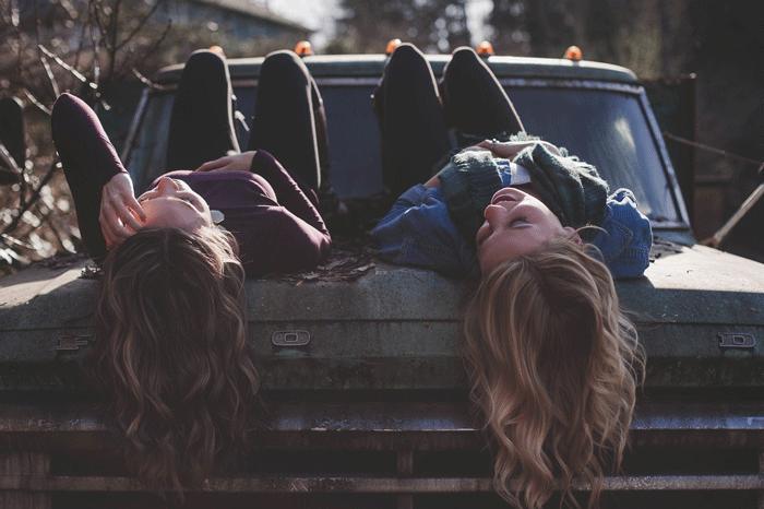 Что может значить сон, в котором вы увидели подругу