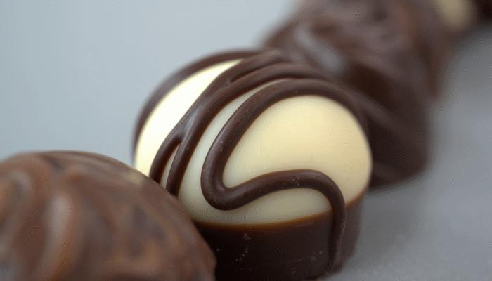 шоколадные-конфеты-снятся
