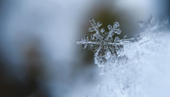 снег-во-сне-мужчине