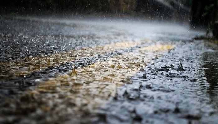 К чему снится дождь — толкование сна по сонникам