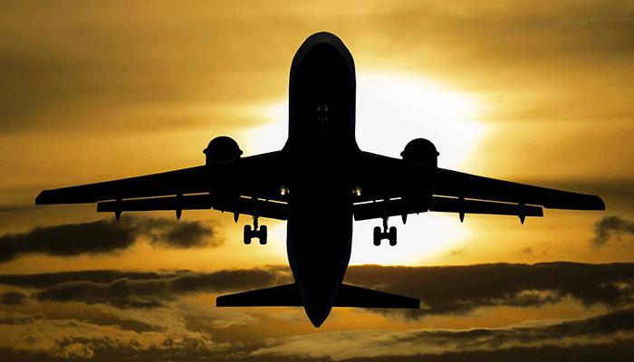 Полёты во сне: к чему снится самолёт?