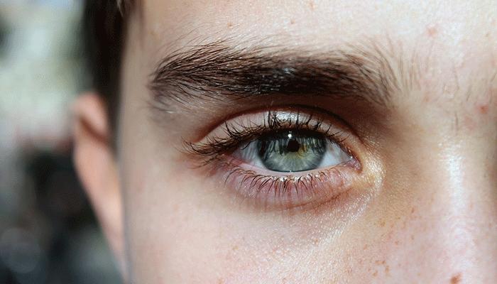 К чему снятся брови - подробное толкование сна по сонникам