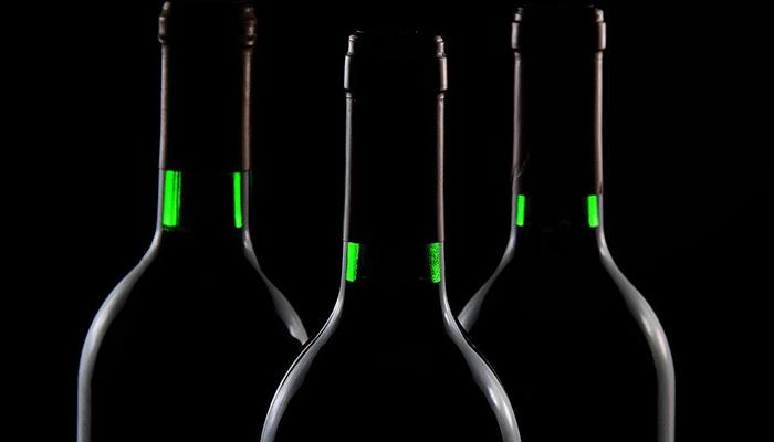 Что предсказывает увиденная во сне бутылка