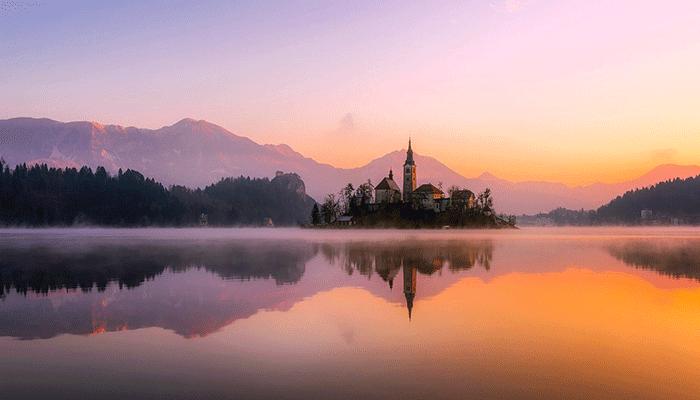 К чему снится озеро - толкование по основным сонникам