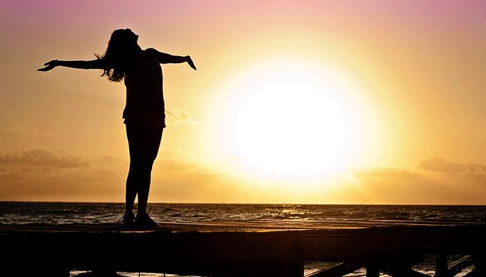 К чему снится солнце - толкование по основным сонникам