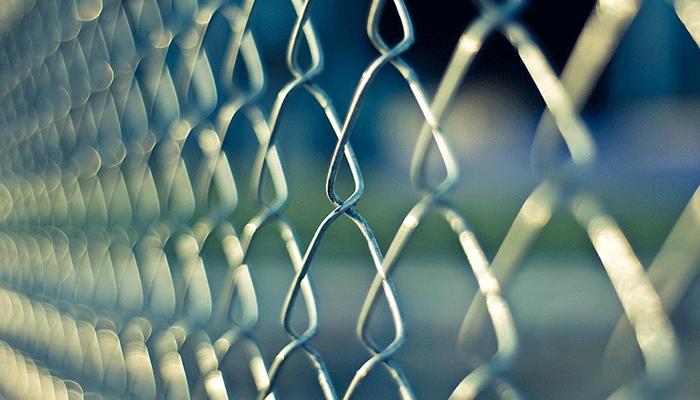Приснилась тюрьма - стоит ли опасаться?
