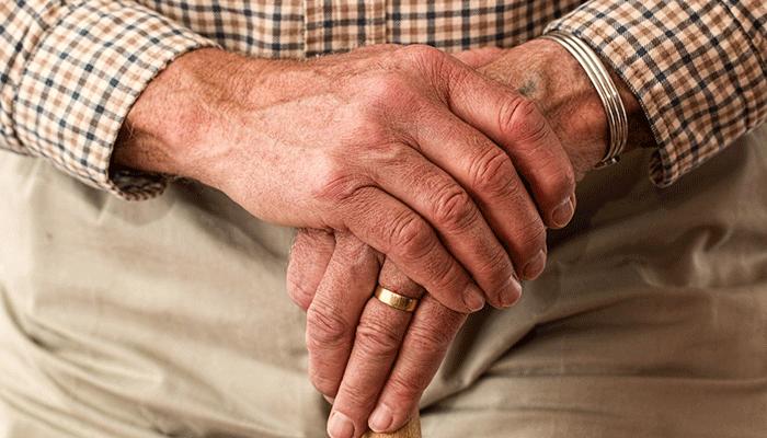 Толкование снов с покойным дедушкой по популярным сонникам